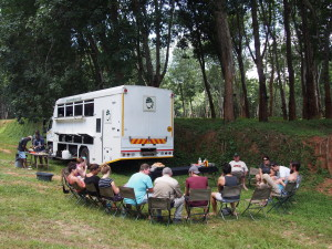 A roadside lunch stop on the Nomads tour
