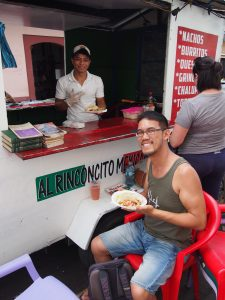 Taco food truck in central Leon